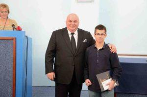 Драган Марковић Палма- председник Скупштине града Јагодина - додељује дипломе - 17.10.2017.год.